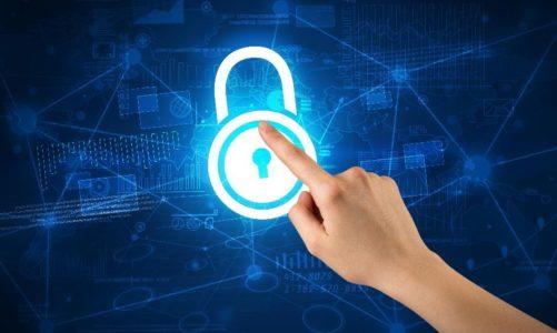 Jak być bezpiecznym w internecie? Kluczem jest edukacja i rozumienie zagrożeń