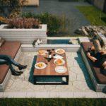 Niesztampowe pomysły na strefę relaksu w ogrodzie -  Meble ogrodowe z betonowych prefabrykatów.